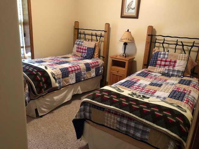 Bedroom #3 - 2 Twin Beds