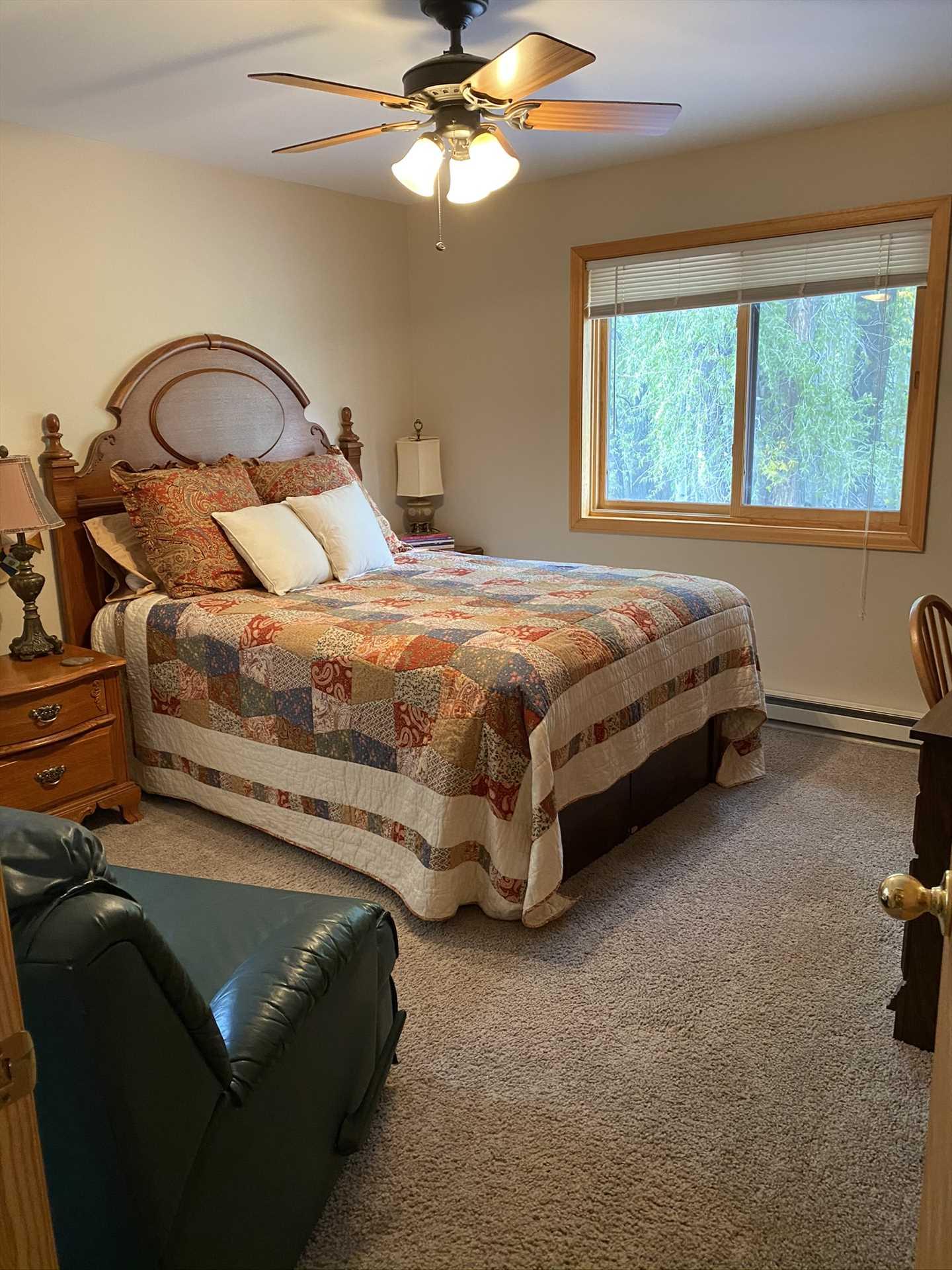 Downstairs Bedroom #1- Queen Bed