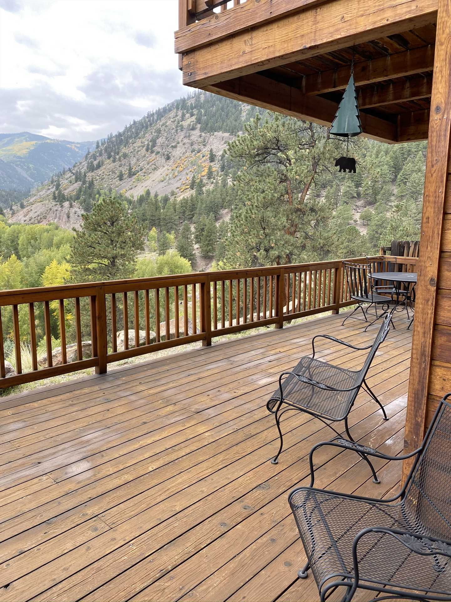 Large Front Deck with Amazing Views